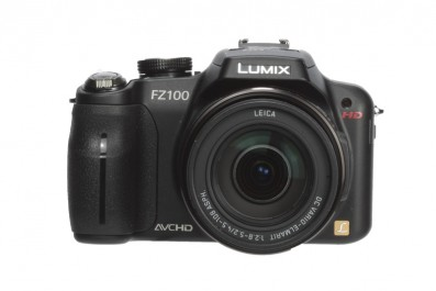 Panasonic Lumix FZ100 product shot front