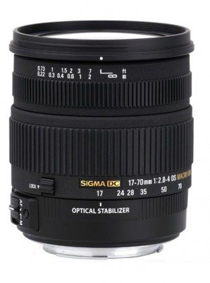 Sigma 17-70mm f/2.8-4 DC Macro OS HSM