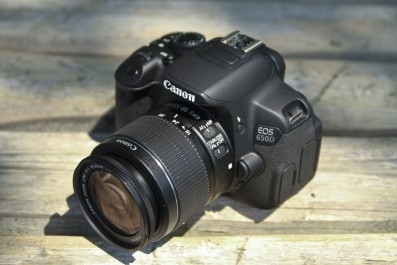 Canon EOS