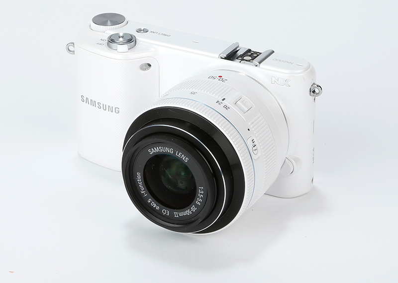 Samsung NX2000 Review – Features